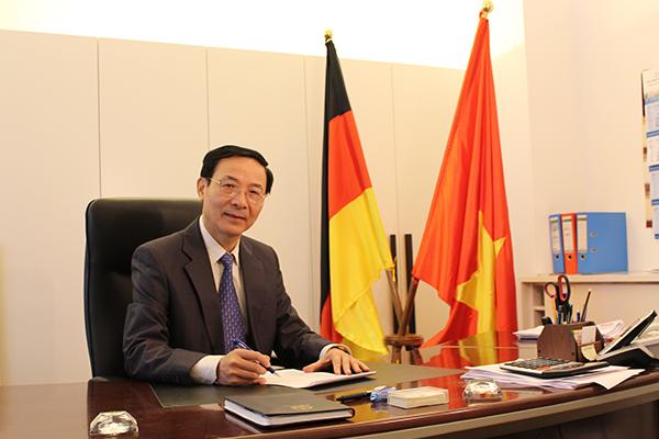 tapchihuongviet DSTLS Nguyen Hong LINH 000